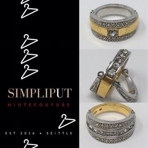 Avon Vintage Flip Ring Gives 8 Styles in 1 Pc